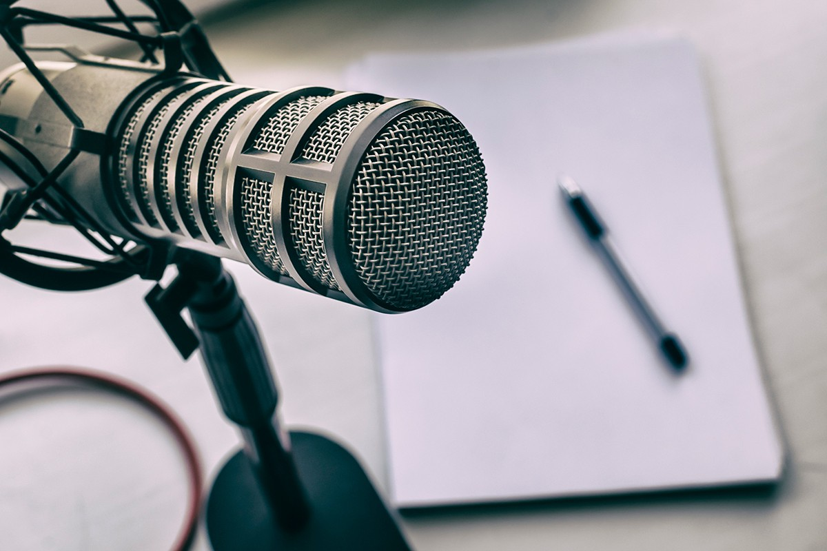 Image of a microphone for a podcast