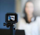 Benefiting from Live Streaming with Influencers
